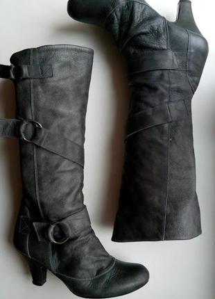Серые кожаные сапоги с пряжками высокие faith1