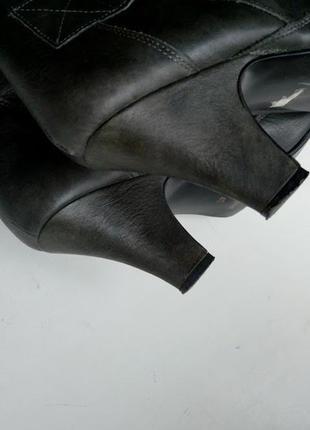 Серые кожаные сапоги с пряжками высокие faith3