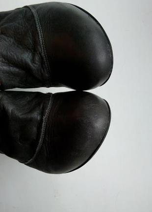 Серые кожаные сапоги с пряжками высокие faith5
