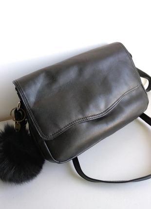 Чёрная кожаная сумка1
