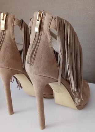 Трендовые туфли с застежкой сзади5