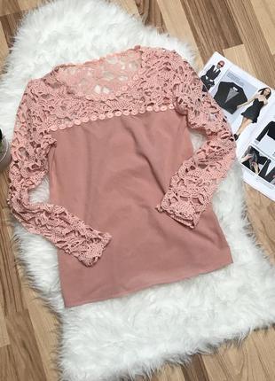 Кружевна блуза