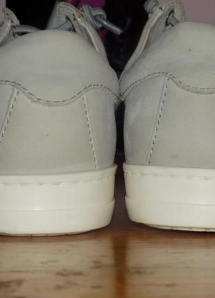 Кожаная стильная молодежная обувь от 5 avenu 38 р сост новой5