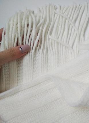 Теплый вязаный молочный кремовый шарф с бахромой3