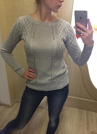 Серый свитерок stradivarius1