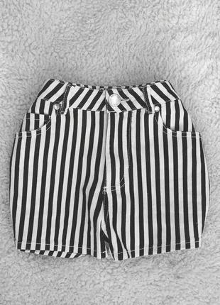 Стильные джинсовые шортики miss selfridge1
