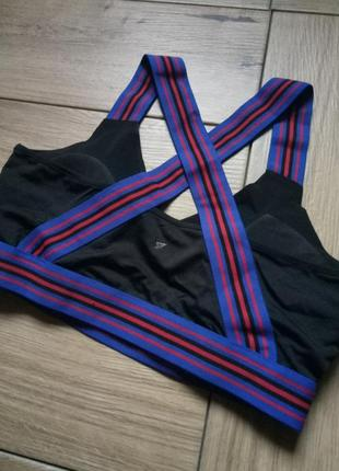 Шикарный спортивный топ фирмы workout, оригинальный топ, топ для спорта, черный лиф2