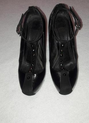 Кожаные чёрные туфли3