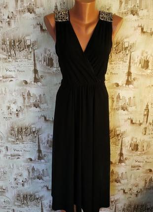 Красивое,нарядное платье. на бирке- 18 р-р(52).1