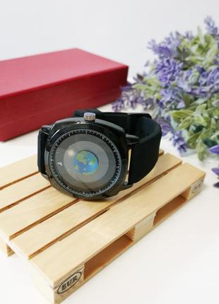 Часы с силиконовым черным ремешком5