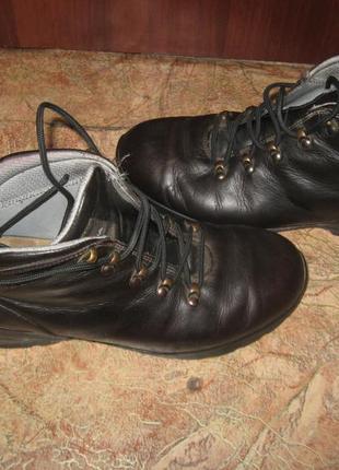 Мужские  фирменные термоботинки scarpa 42 р (по ст-27 см)