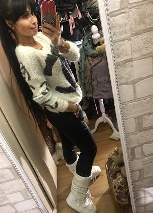 Эффектный белый свитер травка шанель /chanel2