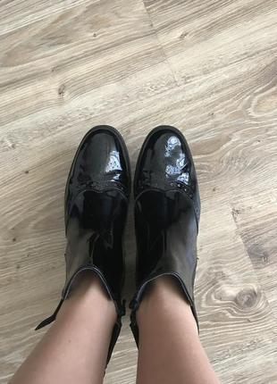 Лакові актуальні черевики4