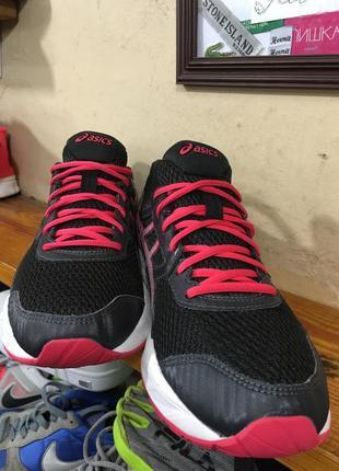 Новые кроссовки asics размер 422