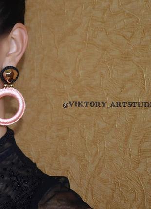 Нарядные серьги кольца возможны с клипсами розово чёрные2