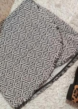 Плотная теплая юбка на запах с бахрамой от amisu3