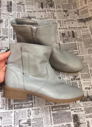 Крутые ботинки 37,38,39,40 р esmara
