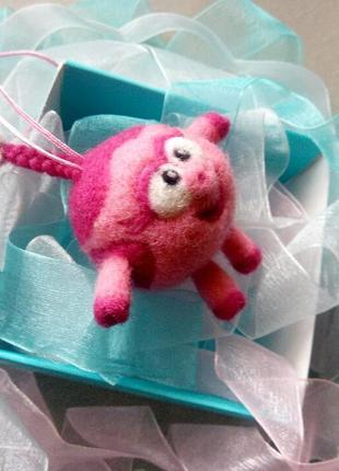 Брелок свинка поросёнок хрюша нюша смешарик символ 2019 нового года идея подарка5