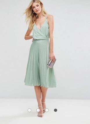 Нежное  плисированое  платье миди1