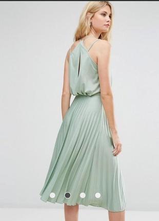 Нежное  плисированое  платье миди2