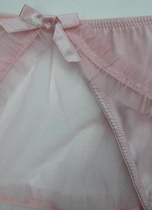 Красивые трусики стринги с капроновой оборкой бренда new look2