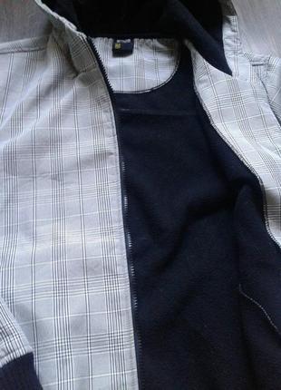 Красивая термо куртка на флисе.4