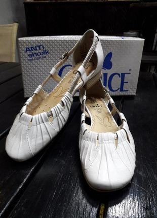 Туфли кожаные сaprice 38.5 размер2