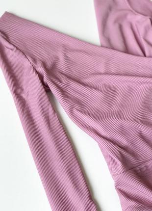 Боди нежно розового цвета, джемпер в мелкий рубчик3