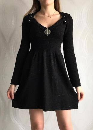 Черное теплое платье с длинным рукавом1