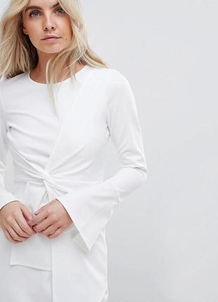 Неопреновое платье с рукавами клеш asos,р-р 62