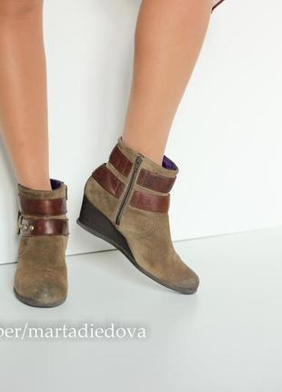 Кожаные замшевые ботинки ботильоны, бренд clarks, линия softwear, технология goretex2