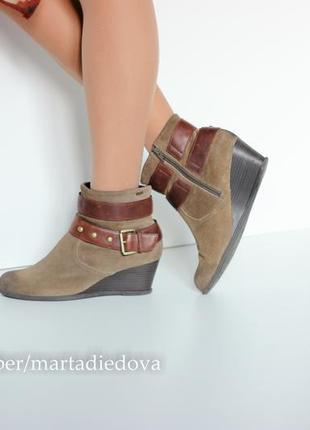 Кожаные замшевые ботинки ботильоны, бренд clarks, линия softwear, технология goretex1