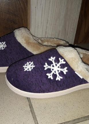 Зимові новорічні  теплі кімнатні тапочки1