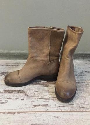 Бежевые кожаные ботинки1
