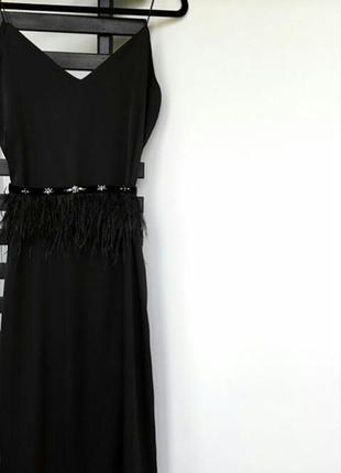 Сукня з відкритою спинкою та пояском1