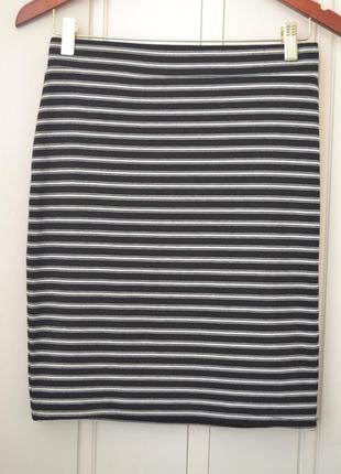 Стильная полосатая трикотажная юбка1