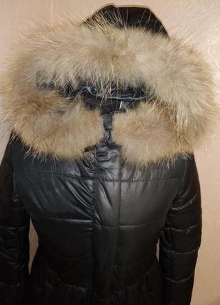 Зимнее пальто с натуральным мехом енота 44-50р черное3