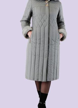 Пуховик женский размер 545
