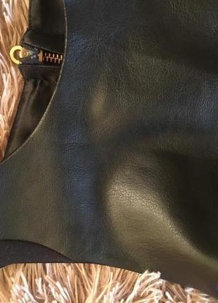 Супер крутое платье с «кожаной» вставкой, new look, размер 82