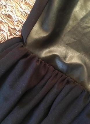 Супер крутое платье с «кожаной» вставкой, new look, размер 84