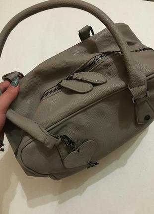 Очень крутая сумка хаки, качественный заменитель кожи3