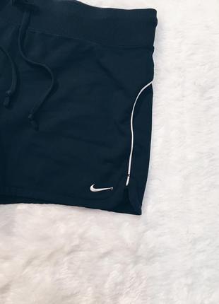 Шикарные новые шорты nike оригинал! s-m4