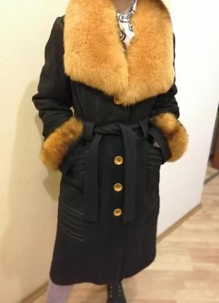 Зимнее драповое пальто с песцовым воротником и манжетами4