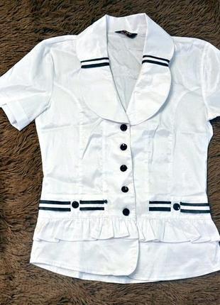 Белая блузка с коротким рукавом2