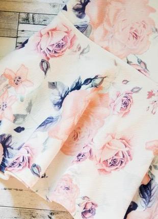 Красивая блуза в цветы с баской select3