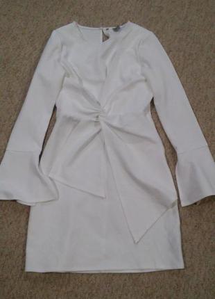 Неопреновое платье с рукавами клеш asos,р-р 64