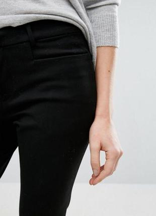 Черные брюки из плотной стрейчевой ткани gestuz2