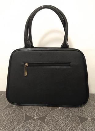 Черная лаковая сумка2