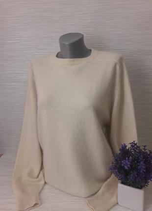 Нежный женский свитер maclees2