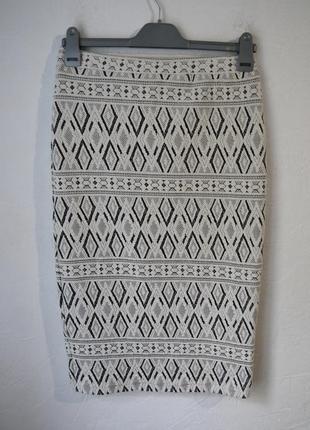 Стрейчевая юбка миди